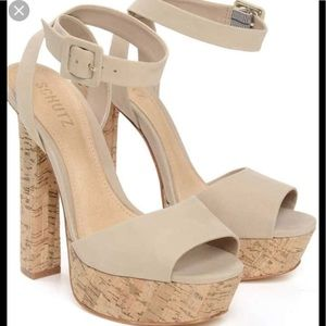 Schutz Amatista platform pump shoes 10
